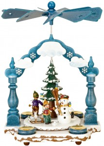 1tier pyramid winter children by Hubrig