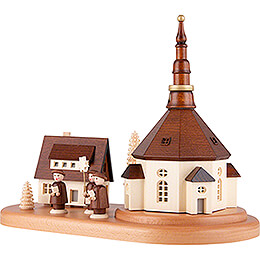 Seiffen Village and Carolers on Base - 22 cm / 8.7 inch