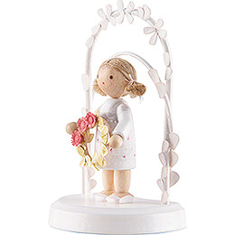 Flax Haired Children - Birthday Child with Flower Wreath - pink - 7,5 cm / 3 inch
