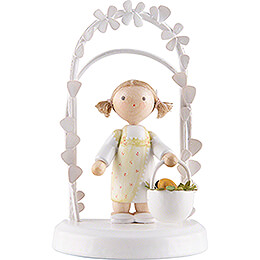 Flax Haired Children - Birthday Child with Easter Basket - 7,5 cm / 3 inch