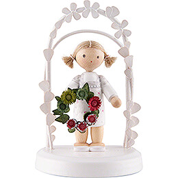 Flax Haired Children - Birthday Child with Flower Wreath - green / red - 7,5 cm / 3 inch