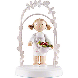Flax Haired Children - Birthday Child with Strawberries - 7,5 cm / 3 inch